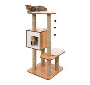 Arbre à chat haut Vesper en bois de noyer et blanc